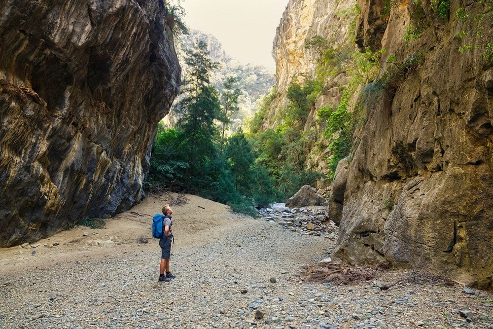 Hiking Bungonia Gorge