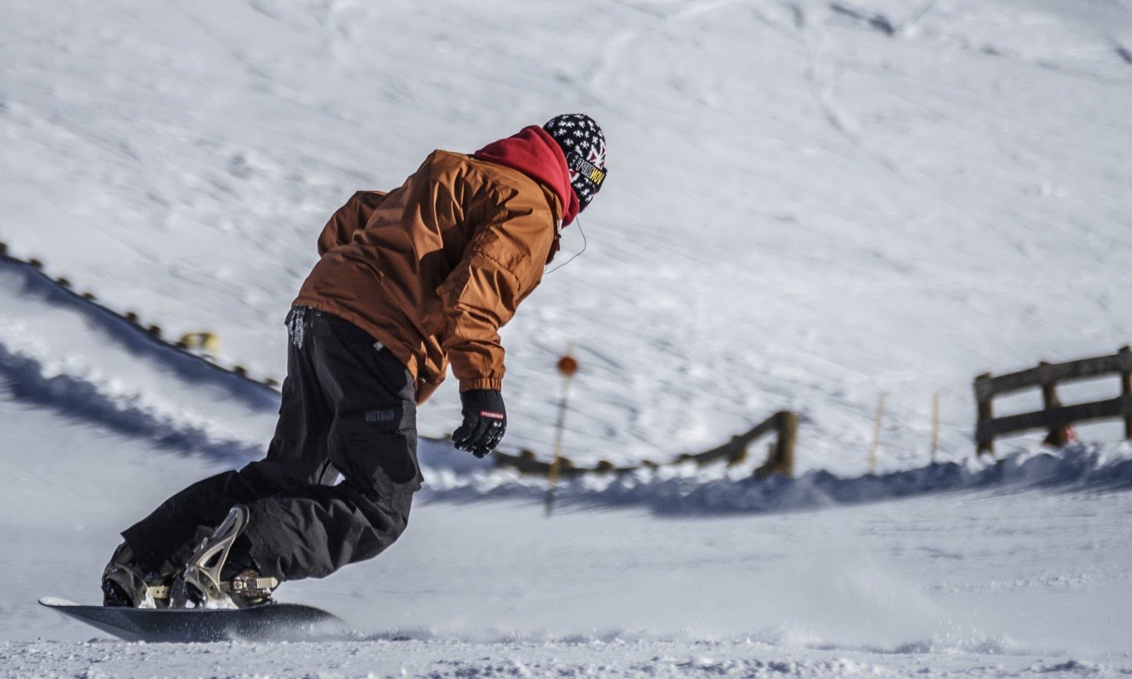 How to Choose a Snowboard - Online Buyer's Guide